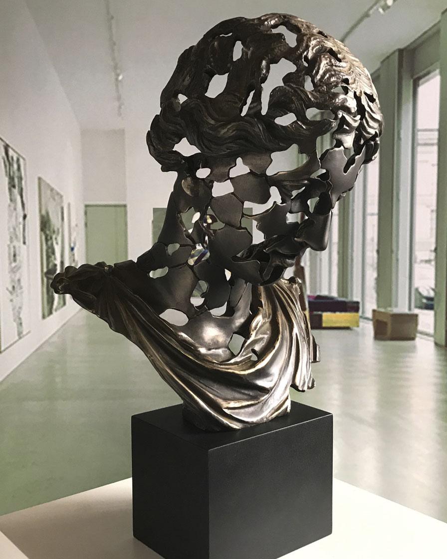 Essence classic Elena in bronze