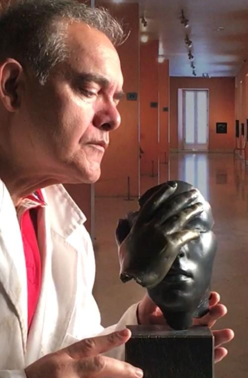 Según pasa el tiempo, valoro más el tipo de escultura con mensaje.